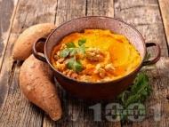 Рецепта Пюре от сладки картофи със сметана, индийско орехче и джинджифил